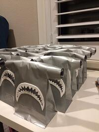 shark-party-bags