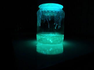 third_photo_of_glowing_jar_by_mizukimanson483-d5fxsf0