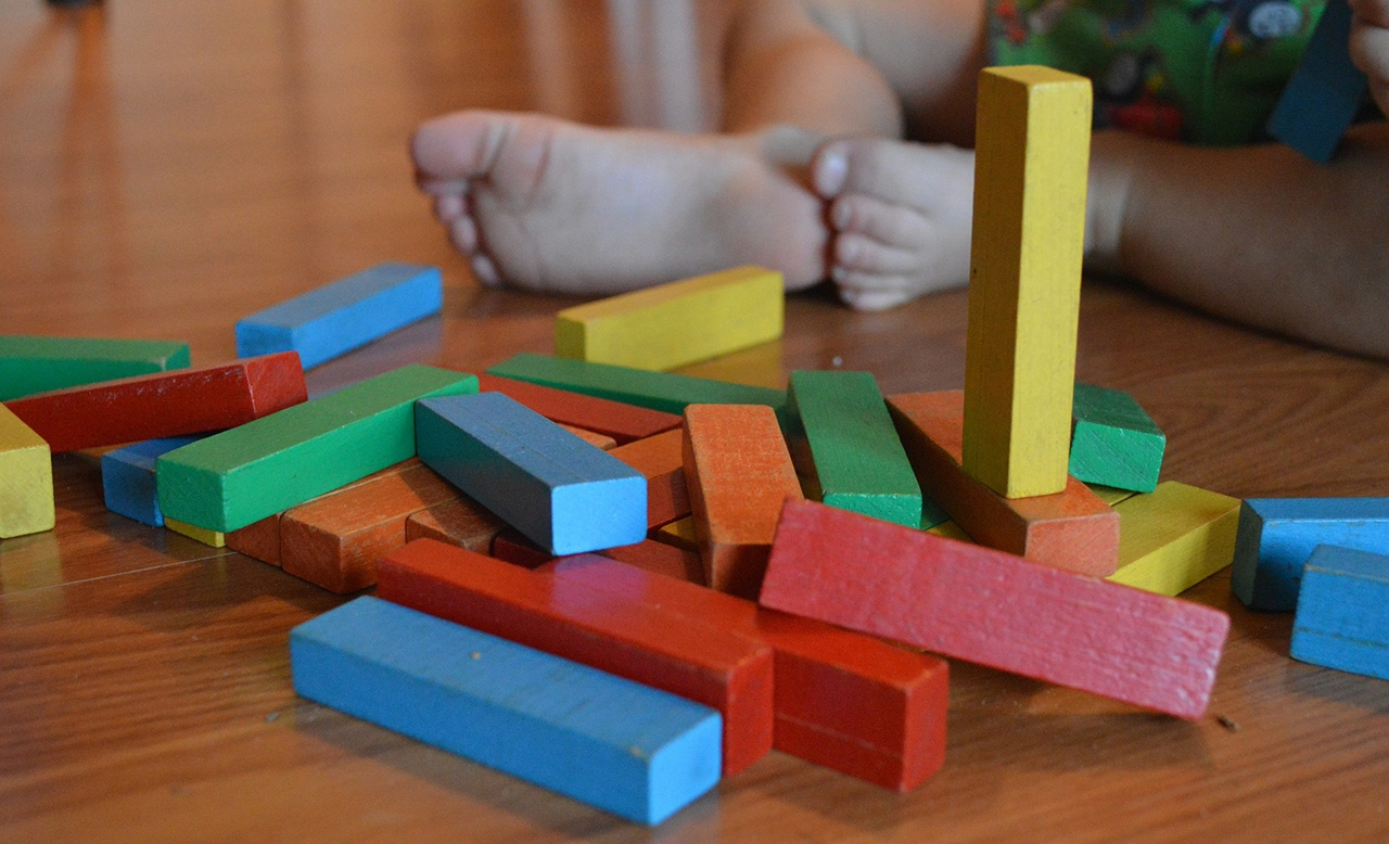 Why Construction Play is Important for Your Grandkids