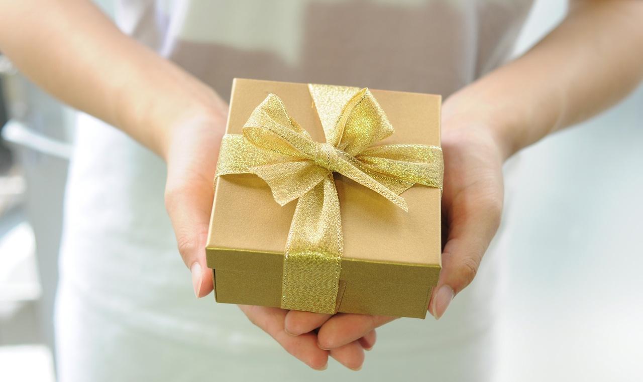 gift-card-thank-a-teacher-hero